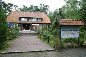 Heide_Spaziergang_Loensdenkmal_030